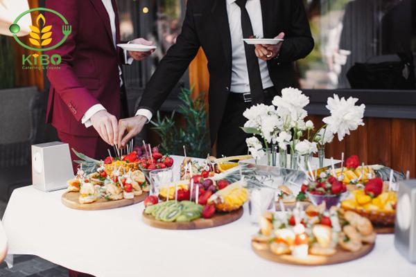 خدمات و تشریفات مهمانی