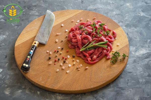 گوشت بیف استراگانف